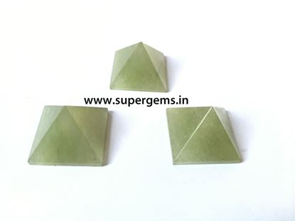 Picture of green aventurine pyramid